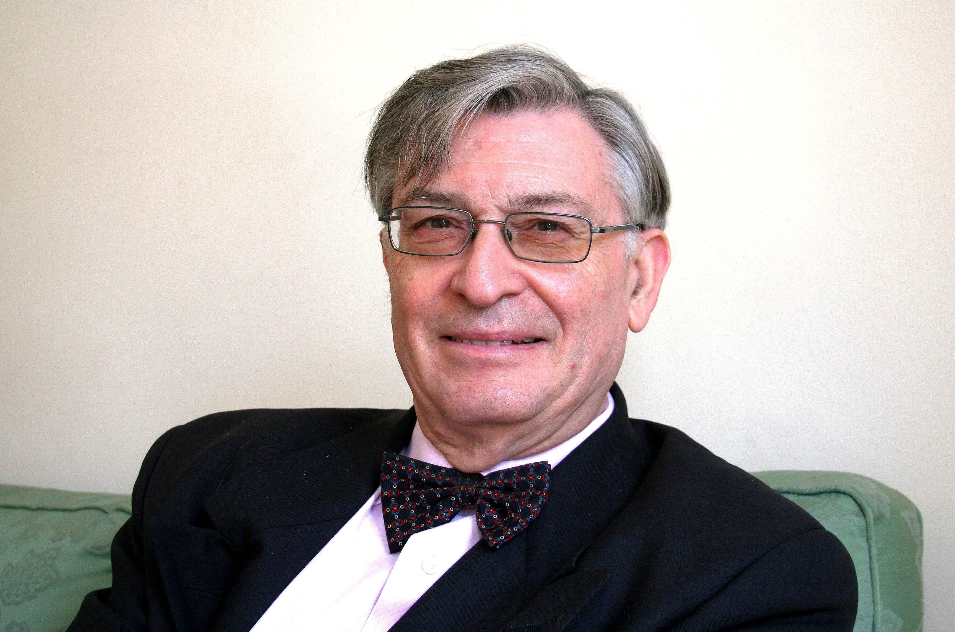 Angel Viñas, historiador, economista y diplomático español.