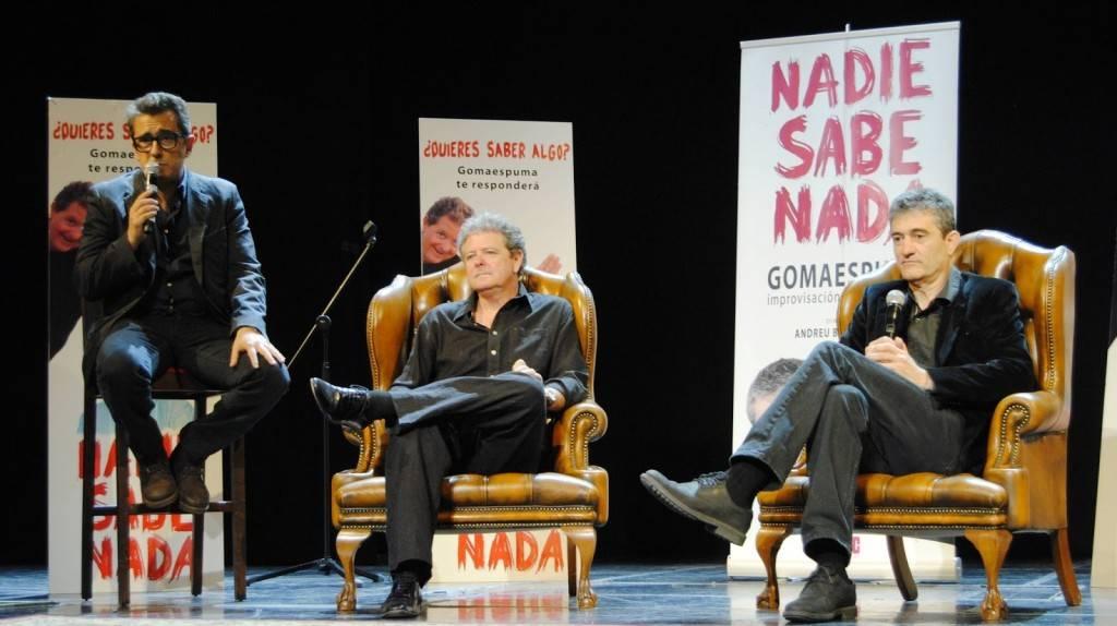 Andreu Buenafuente presenta el espectáculo 'Nadie sabe nada' en compañía de Cano y Fesser.