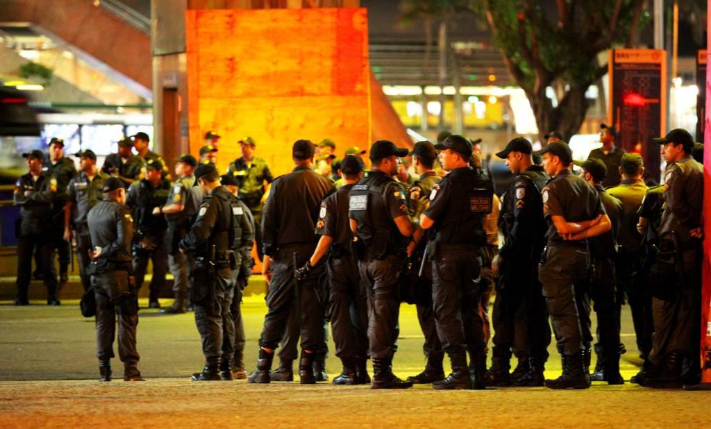 Más policía que manifestantes
