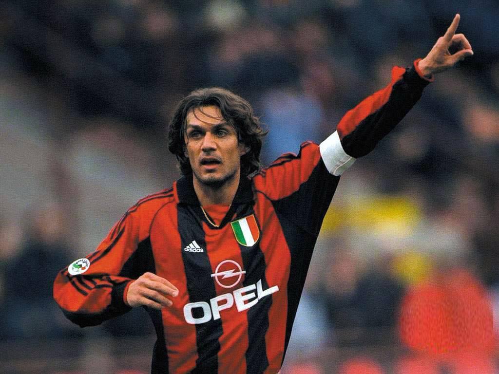 Maldini, candidato a entrar en un once ideal de la historia del fútbol.