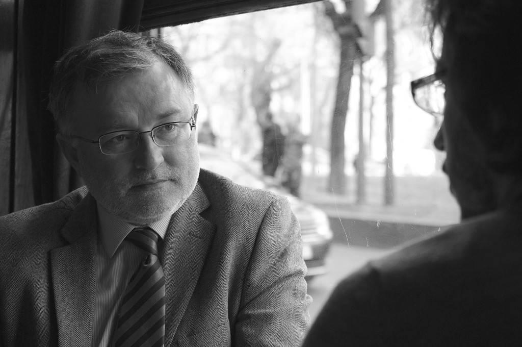 """John Müller: """"Solbes tuvo más culpa que Rato en no pinchar la burbuja económica"""""""