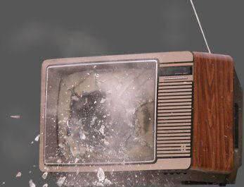 Una ametralladora para reventar la television