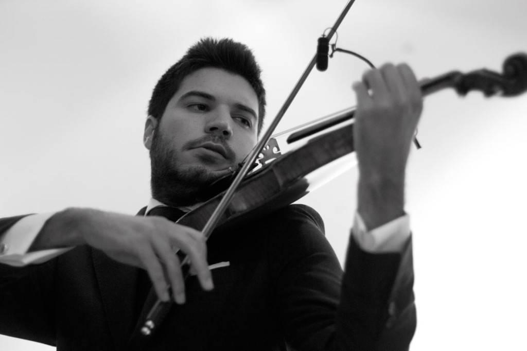 Paco Montalvo, un violinista en el tejado del flamenco