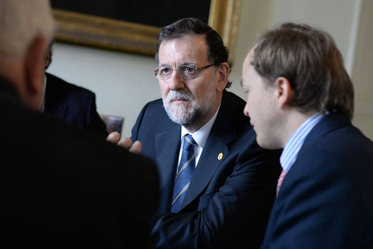 1200px-Rajoy_b_EPP_Summit,_March_2015,_Brussels