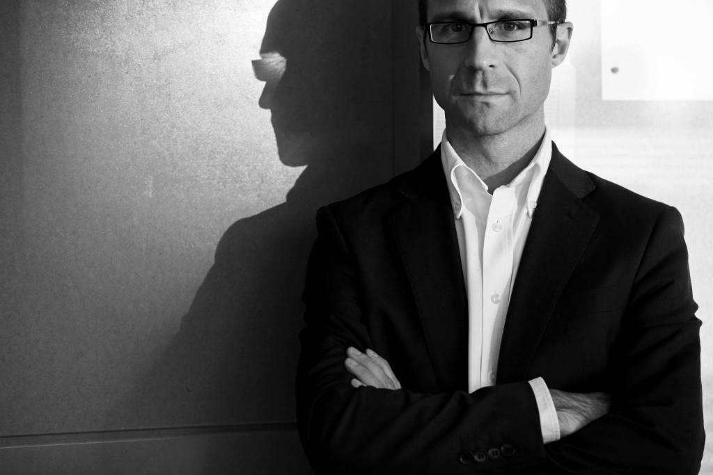 """Javier Mayoral: """"El periodista necesita talento, sentido crítico y leer mucho para que el poder no le manipule"""""""