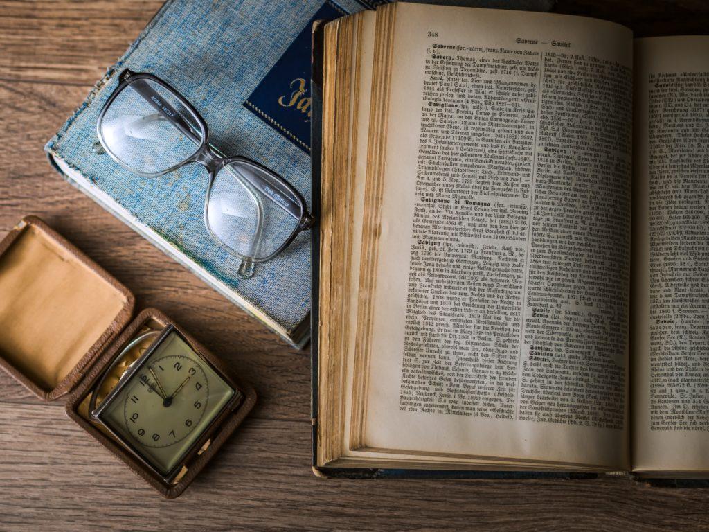 Once libros de no ficción para regalar este Sant Jordi y un delicioso libro de cuentos