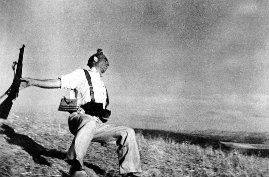 La foto de Robert Capa es uno de los iconos más conocidos del republicanismo español / Wikipedia