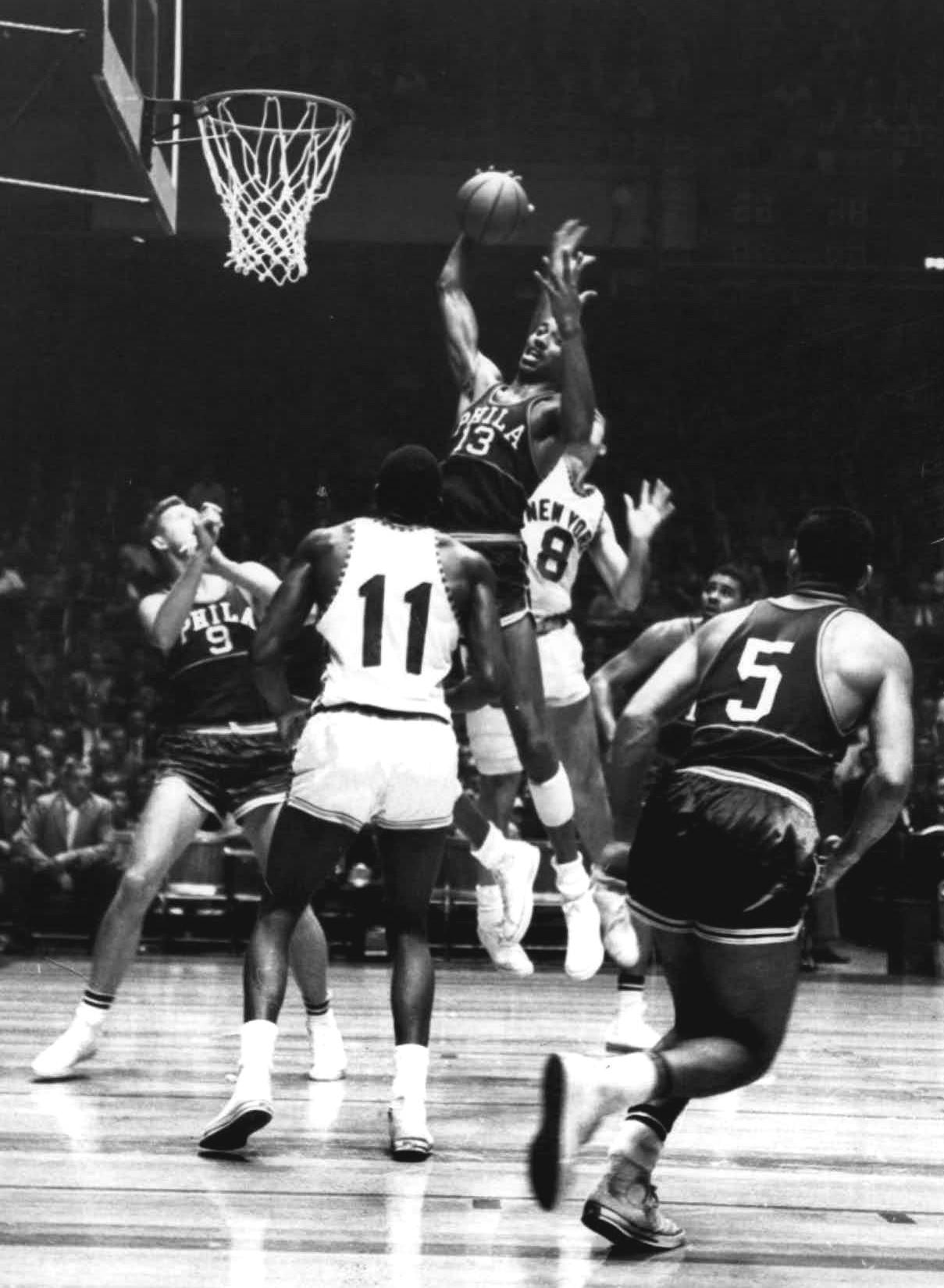 1960_New_York_Knicks_vs._Philadelphia_Warriors