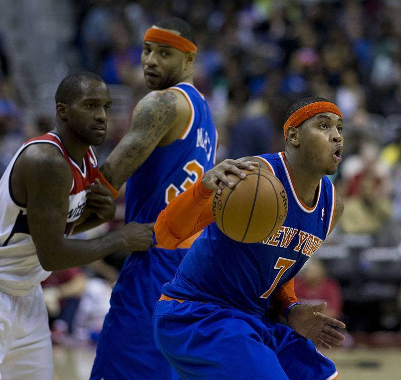 Carmelo_Anthony_driving
