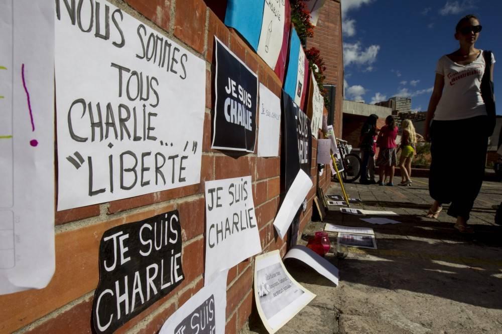 Mahoma--protagonista-de-nuevo-en-el-primer-Charlie-Hebdo-tras-la-masacre--Todo-perdonado