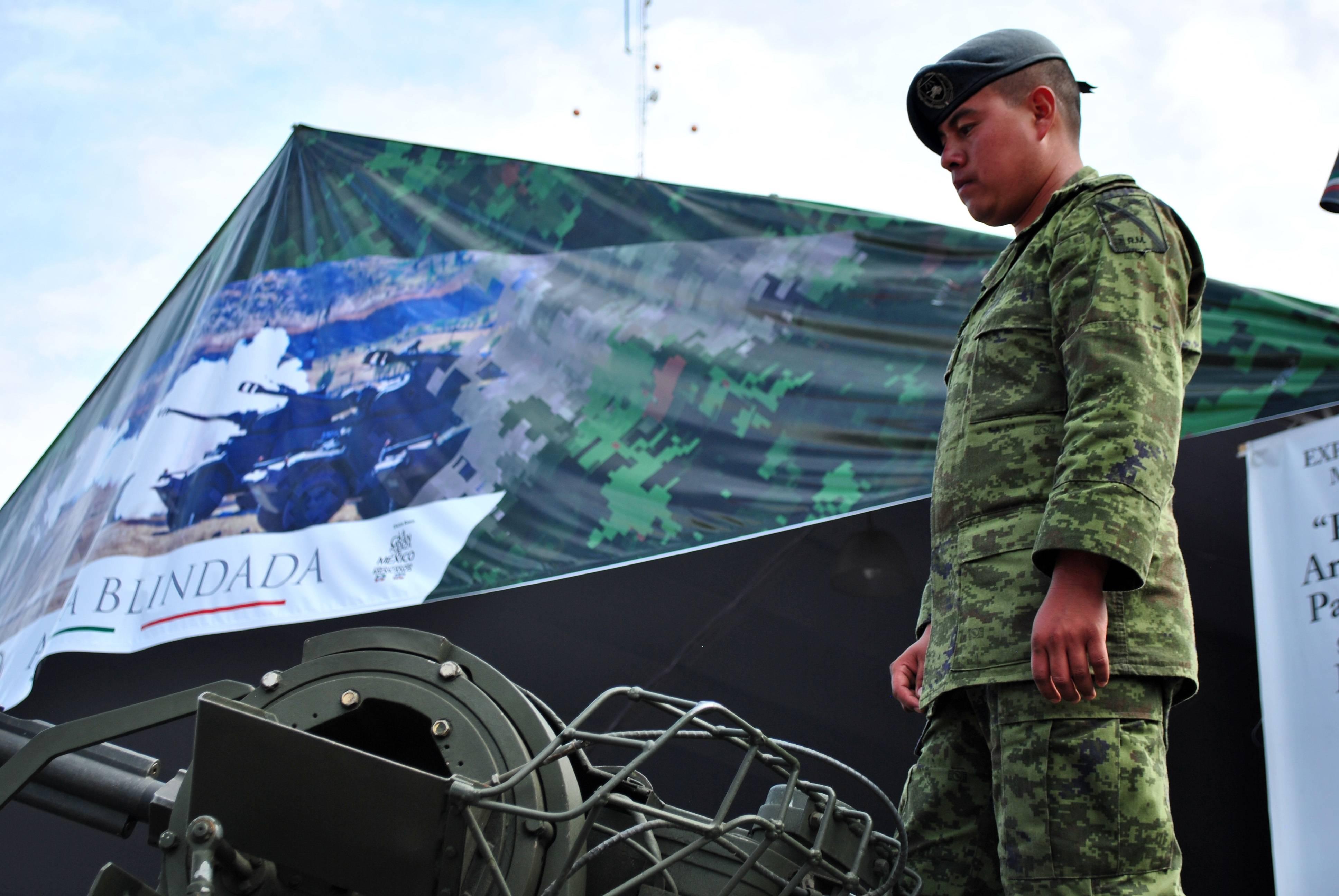 Exposición_Centenario_del_Ejército_Mexicano_07
