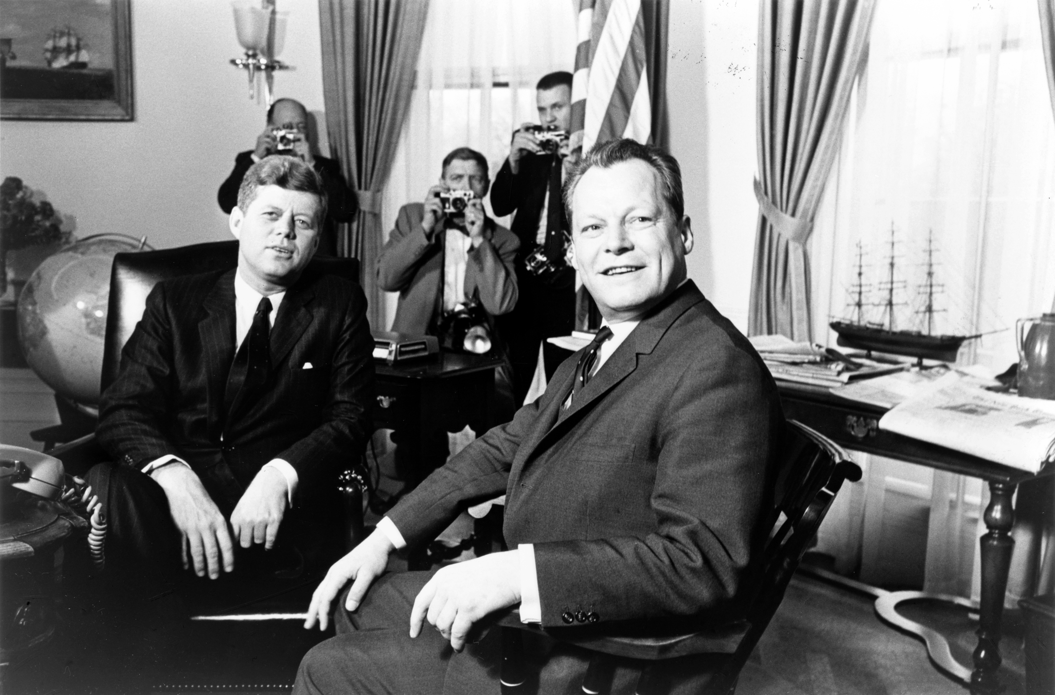 John_F._Kennedy_meeting_with_Willy_Brandt,_March_13,_1961