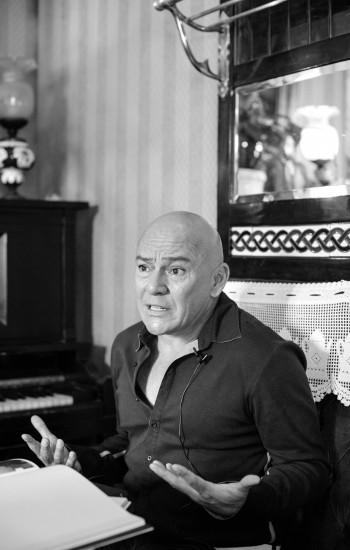 César Saldivar